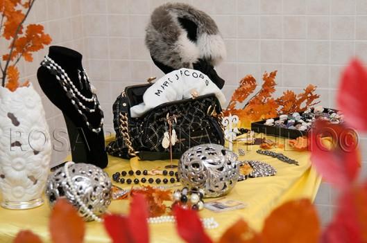 """Brilli, borse, complementi d'arredo preziosi per """"L'Armadio della Duchessa"""""""
